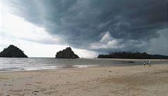 Tropický život v jižním Thajsku v době monzunu aneb Jak mi zplesnivěly ořechy