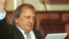 Signatář Charty 77 i politický vězeň. Bývalý poslanec ODA Ivan Mašek zemřel