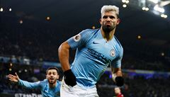 Manchester City se opět přiblížil titulu. Arsenal prohrál potřetí v řadě, v Leicesteru prohrál 0:3