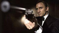 Nového Bonda natočí režisér Temného případu. Boylea nahradil Fukunaga