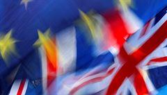 Velká Británie zavádí sankce, dotknou se hlavně Rusů a Saúdských Arabů