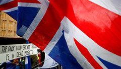 Další odklad brexitu. Británie musí podmínky odchodu vyjednat do šesti měsíců