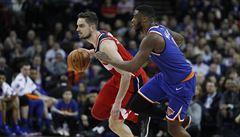 Satoranský si nebyl jistý, zda sudí uznají vítězný koš Wizards v zápase NBA v Londýně