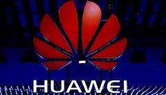 Huawei hrozí kvůli varování úřadu soudy i arbitráží. Chce odpověď do týdne