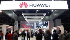 PETRÁČEK: Čím smrdí Huawei. NÚKIB se snaží doložit, že čínské riziko tu je