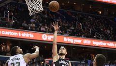 Satoranský má první český triple double v NBA a skalp Milwaukee