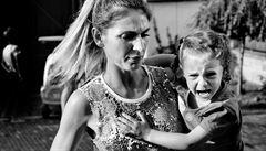 Mladý amatérský fotograf zmapoval čtyři generace žen z rodiny