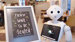 V budapešťské kavárně obsluhují hosty roboti