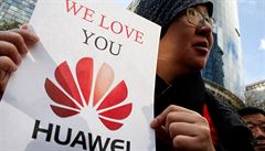 Mobily jsou bez Androidu neprodejné. Situace kolem Huaweie zaměstnává hlavně armády právníků