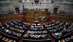 Řecko schválilo vstup Makedonie do NATO. Spor skončil změnou názvu země