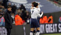 Tottenham se posunul na druhé místo, Higuaín řídil výhru Chelsea