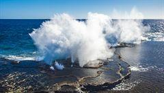 Vědci NASA zkoumají záhadné bahno na novém ostrově