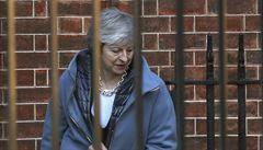 Mayová utrpěla další porážku. Její brexitovou dohodu parlament nechce