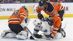 Hertl v NHL pomohl dvěma body k výhře San Jose. Trefil se už potřetí v řadě