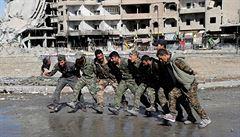 Poslední bašta islámského státu padla. Kurdové obsadili východ Sýrie, bojovníci IS se vzdali