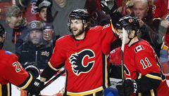 Frolík se v NHL trefil podruhé za sebou, skóroval i Sedlák