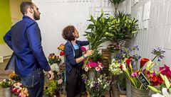 Květiny před Valentýnem zdražují až o 300 procent. V sexshopech nejvíc utrácejí ženy