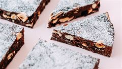 Kakao, ořechy a čokoláda. Připravte si jednoduchý veganský dezert