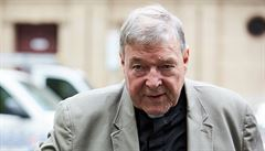 Šest let vězení pro 'třetího nejvyššího muže Vatikánu'. Kardinál Pell byl odsouzen za zneužití chlapců
