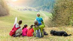 RYCHLÍK: S dětmi i na výzkum do terénu