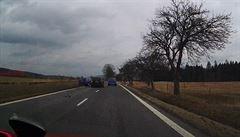 VIDEO: Od krvavé nehody řidiči ujeli, jedním z nich byl patrně i Polák. Policie je nyní hledá
