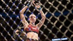 Pudilová nestačila na sestru šampionky UFC. Ševčenková ji v druhém kole uškrtila do bezvědomí