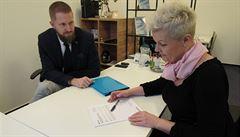 Sympatickou zdravotní sestru z Ostravy vyvedl z bludného kruhu až finanční poradce