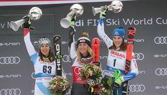 Shiffrinová ovládla slalom a oplatila Vlhové porážku, Capová skončila patnáctá