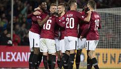Sparta zdemolovala Plzeň 4:0, utkání přerušilo řádění fanoušků