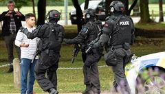 'Chtěl jsem, ať se zaměří na mě.' Střelci na Novém Zélandu se postavil hrdina s platebním terminálem