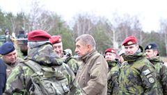 Členství v NATO je závazek. Aliance čelí novým výzvám, řekl Babiš ve Varšavě