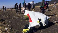 Vyšetřovatelé pátrají po příčině letecké tragédie v Etiopii, v Británii pokračují brexitová jednání