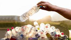 DOBA PLASTOVÁ: Jaké jsou nejčastější chyby při třídění plastového odpadu?