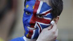 Doplatí automobilky na brexit bez dohody? Podle analytiků je bude stát až 5,7 miliardy eur