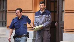 Státní zástupce chce přísnější trest pro útočníka na Kvitovou