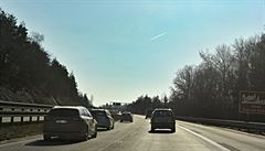 Dálnice D10 je na sedmém kilometru opět otevřená, došlo i na práce plánované na jindy