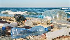 Vědci na Madeiře tvrdí, že našli nový typ znečištění moře plasty