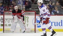 NHL: Filip Chytil skóroval poprvé od začátku února, porážce Rangers nezabránil