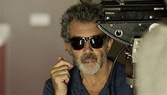 Film a jiné drogy Pedra Almodóvara. Bolest a sláva je o naději, že touha je věčná