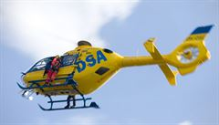 Při nehodě zábavního vláčku v Jabloňově se zranily čtyři děti a dva dospělí. Zasahoval vrtulník