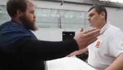 VIDEO: Ruský pořízek ovládl šampionát ve fackování, za výhru dostal 30 000 rublů