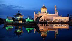 Za homosexualitu trest smrti. V Bruneji začíná platit tvrdý islámský zákon