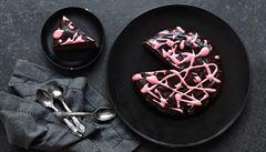 Řepa, kakao a čokoláda. Jak na brownie dort z červené řepy?