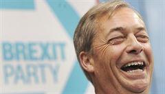 MACHÁČEK: Farage vede a brexit bez dohody znovu na stole