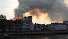 Paříž si zvukem zvonu připomene rok od požáru Notre-Dame. Odbíjení bude jedinou vzpomínkovou akcí
