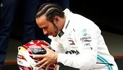 Velkou cenu Monaka vyhrál Hamilton. Verstappen přišel kvůli penalizaci o druhé místo