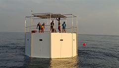 Partneři chtěli žít svobodně v mezinárodních vodách. Hrozí jim za to trest smrti