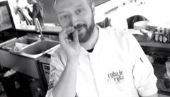 Italové v kuchyni. Carpaccio z čerstvého jesetera s jahodami podle šéfkuchaře