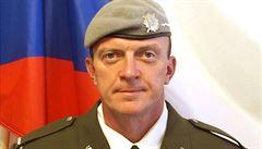 Europoslanci budou hlasovat o plastech na jedno použití a mrtvý voják se vrací do Česka
