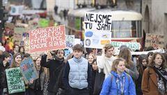 Mladí studenti opět vytáhli do ulic. Požadují lepší ochranu klimatu a životního prostředí